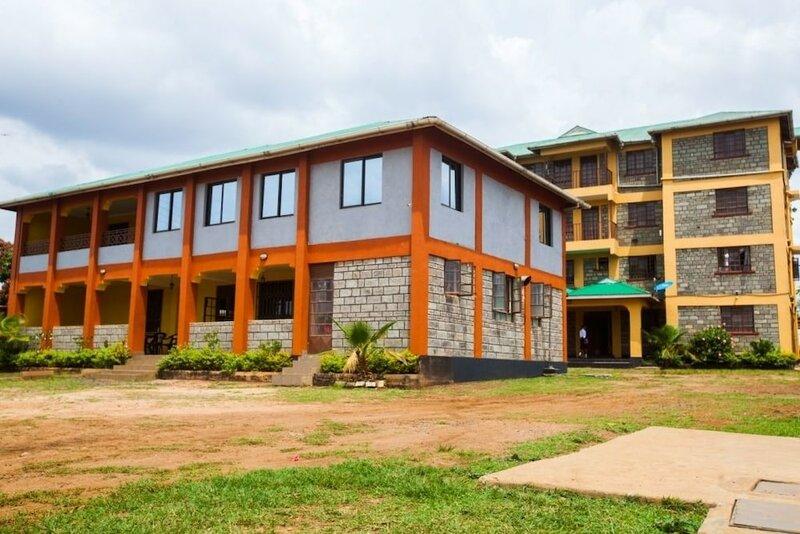 Everest House Hotel