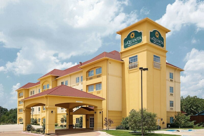 La Quinta Inn & Suites Fort Worth-Northeast Mall