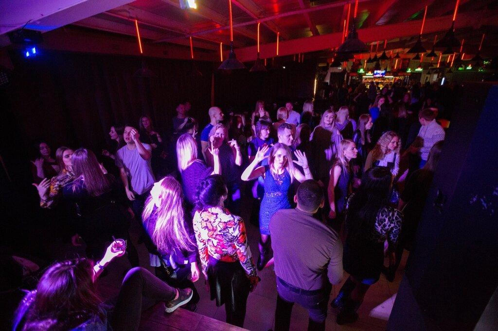 Ночной клуб марс биробиджан адрес стрептиз вечеринки в закрытых вип клубах