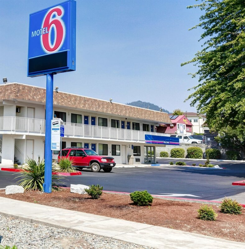 Motel 6 Grants Pass, Or