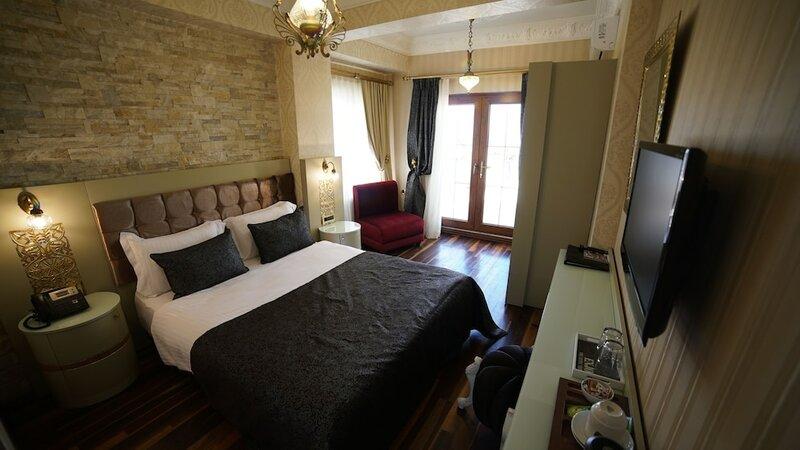 Ascot Hotel Buyukada
