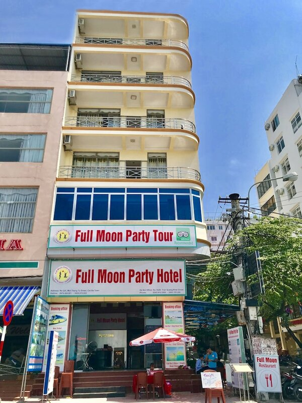 Full Moon Party Hotel - Hostel
