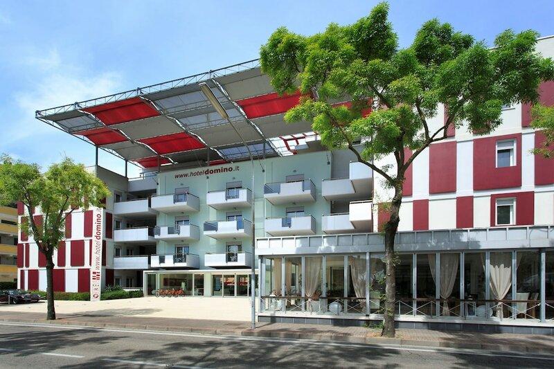 Domino Suite Hotel