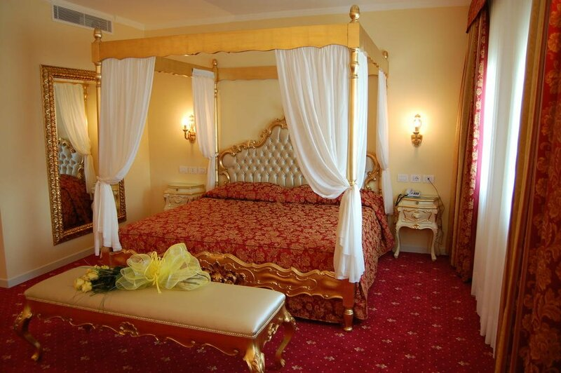 Hotel Motel Gold