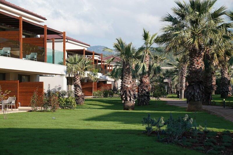 Отель Almуros Beach Resort and SPA