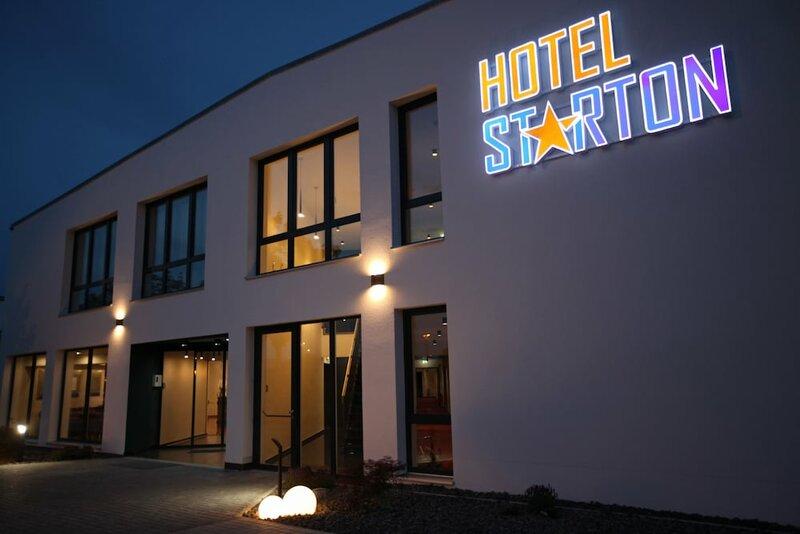 Hotel Starton am Village