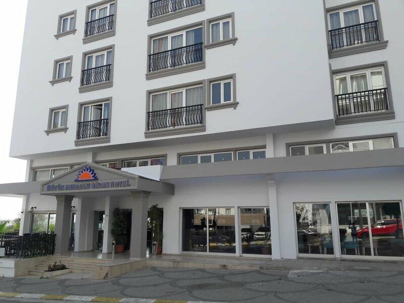 Отель Buyuk Anadolu Girne