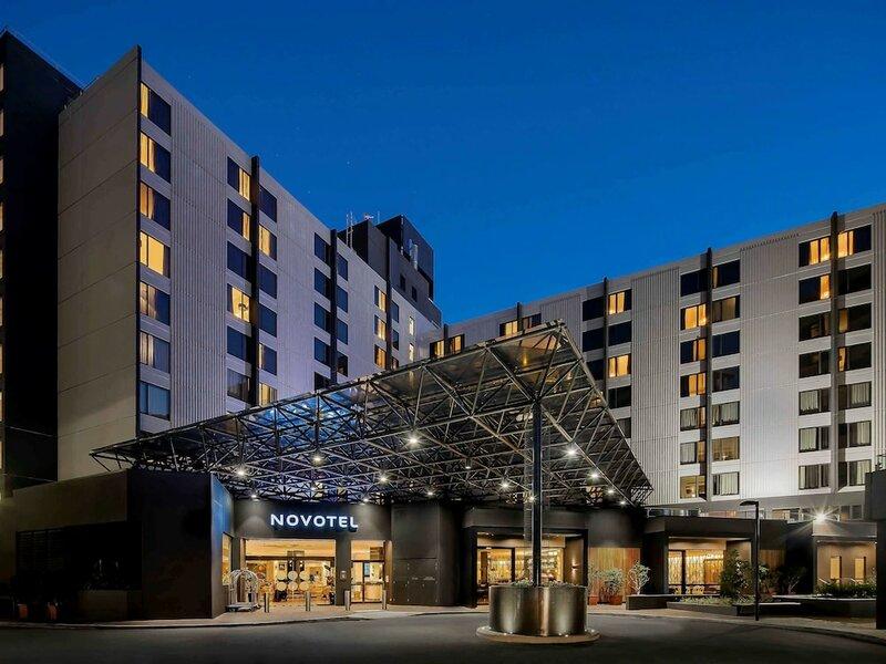 Novotel Sydney International Airport Hotel