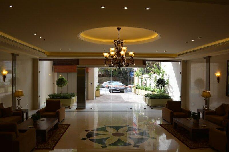 Bella Rosa Hotel