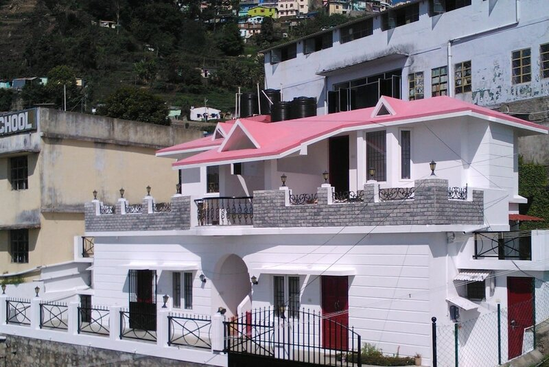 B's Hive Guest House