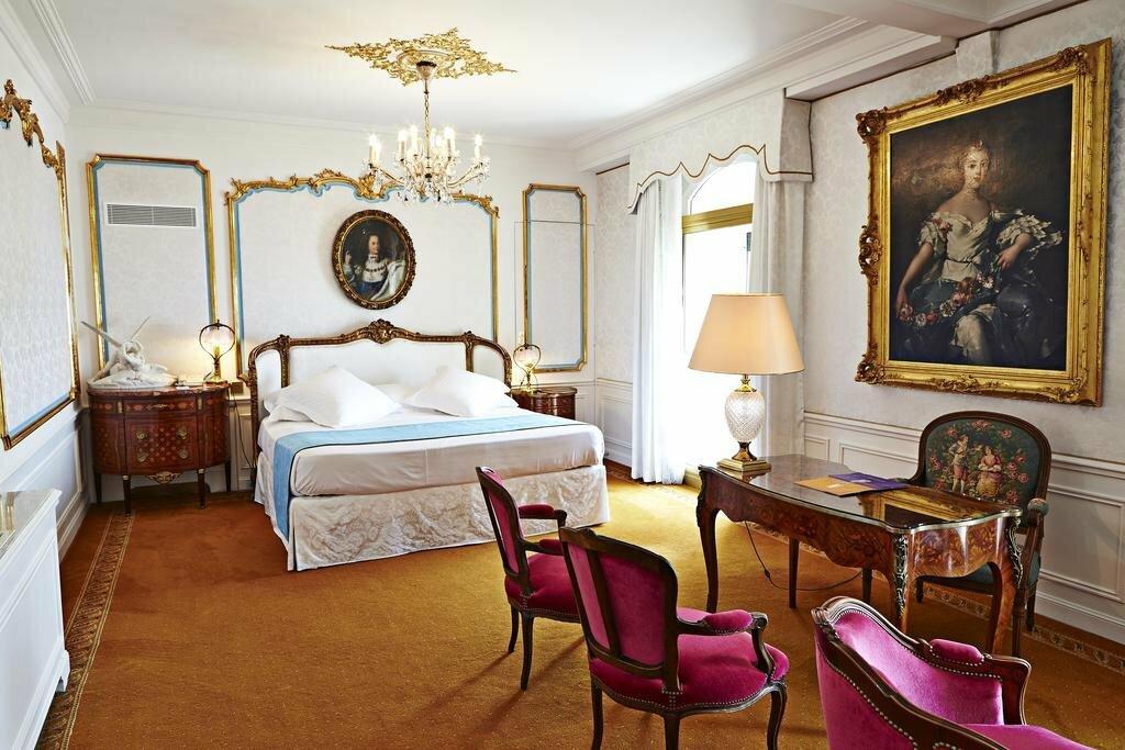 изначально отель негреско ницца фото гостиные славой, известностью, она