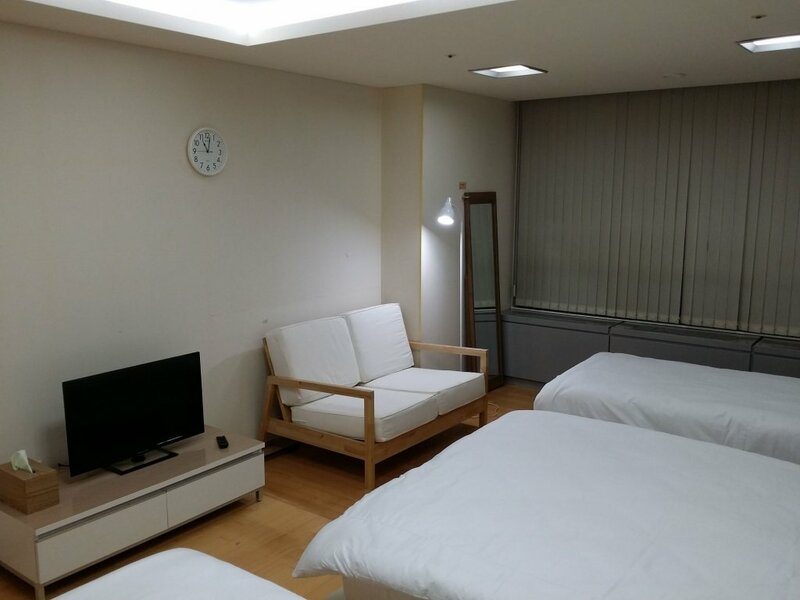 Incheon Airport Gogo House
