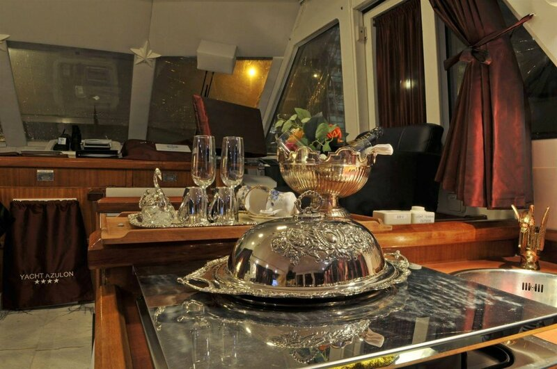 Maria Callas Yachthotel