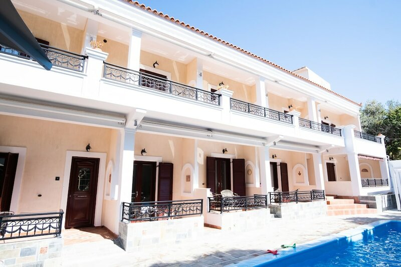 Aktaion II - Luxury Maisonettes and Rooms