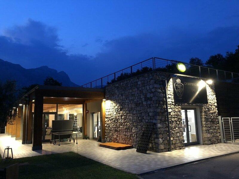 Chalet Resort Drena