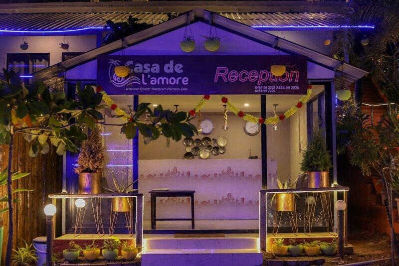 Oyo 26850 Casa De Lamore