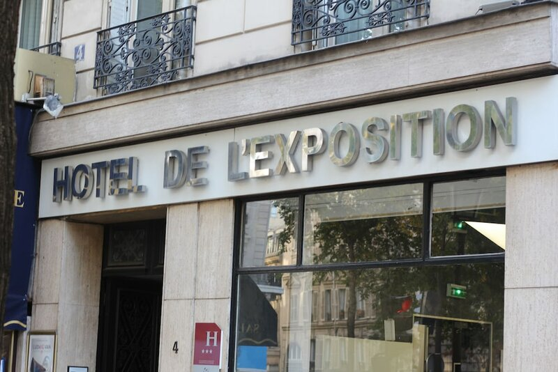 Hôtel de l'Exposition - République