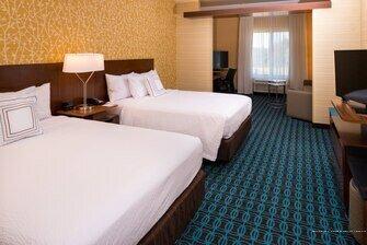 Fairfield Inn and Suites by Marriott Akron Stow
