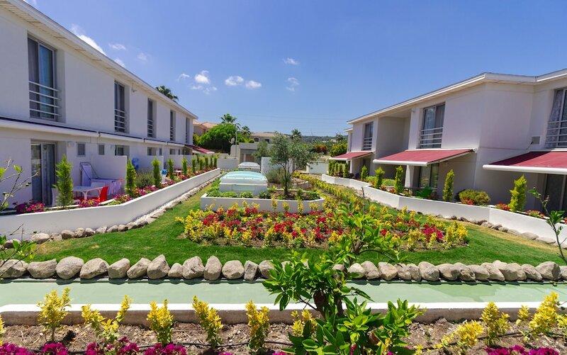 Vela Garden Resort & Villa