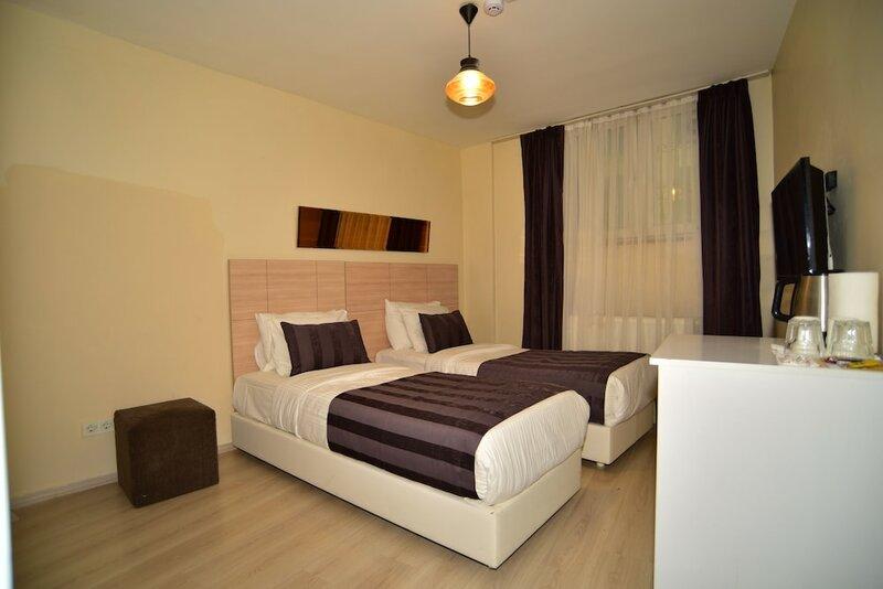 Отель Liva Suite