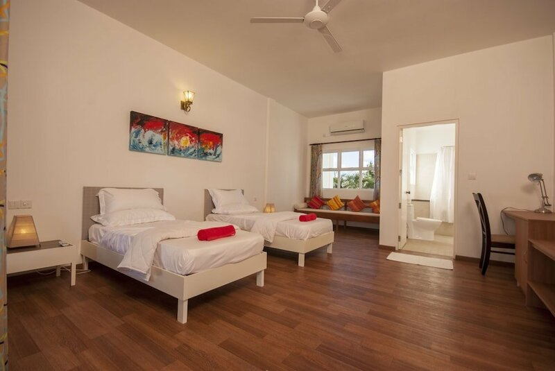 Отель Evexia Beach Collection Laamu