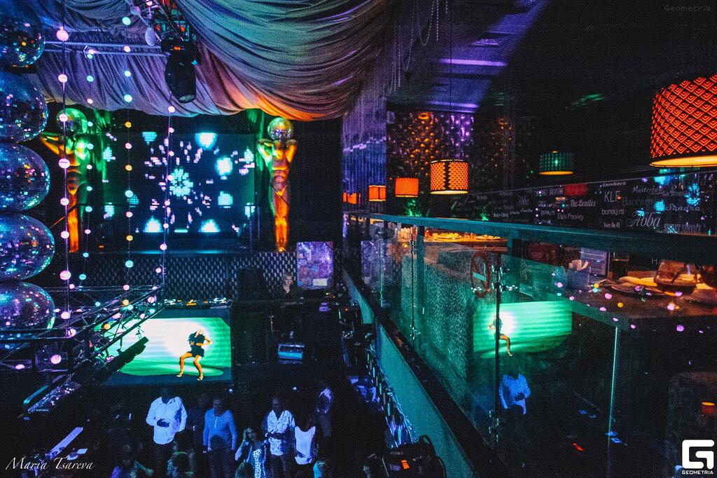 Ночные клубы на улице горького нижнего новгорода москва эротический массаж клуб