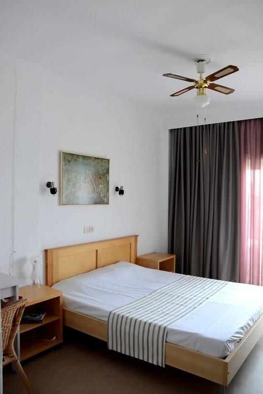 Ammos Hotel Agia Triada