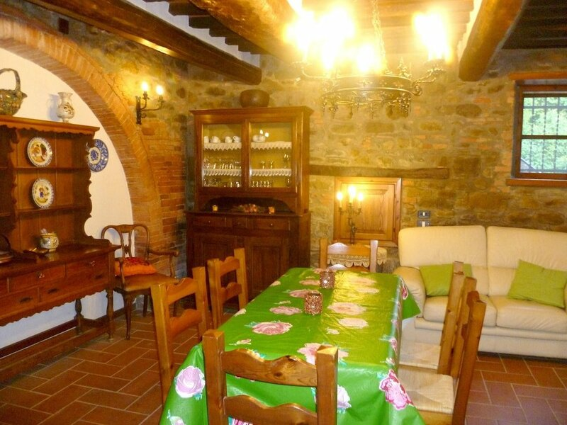 Villa With 3 Bedrooms in Tuoro sul Trasimeno, With Private Pool, Enclosed Garden and Wifi - 2 km From the Beach