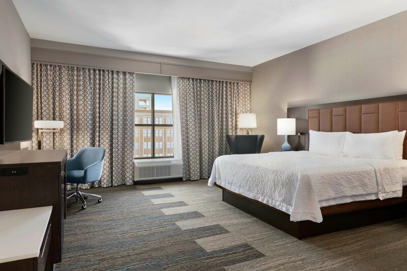 Hampton Inn & Suites Kansas City Downtown Crossroads