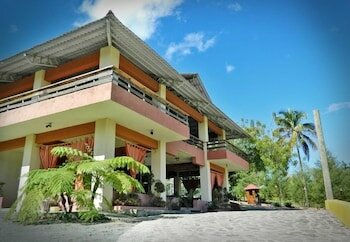 Jarabacoa River Club