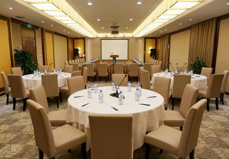 Гостиница Soluxe Hotel Almaty