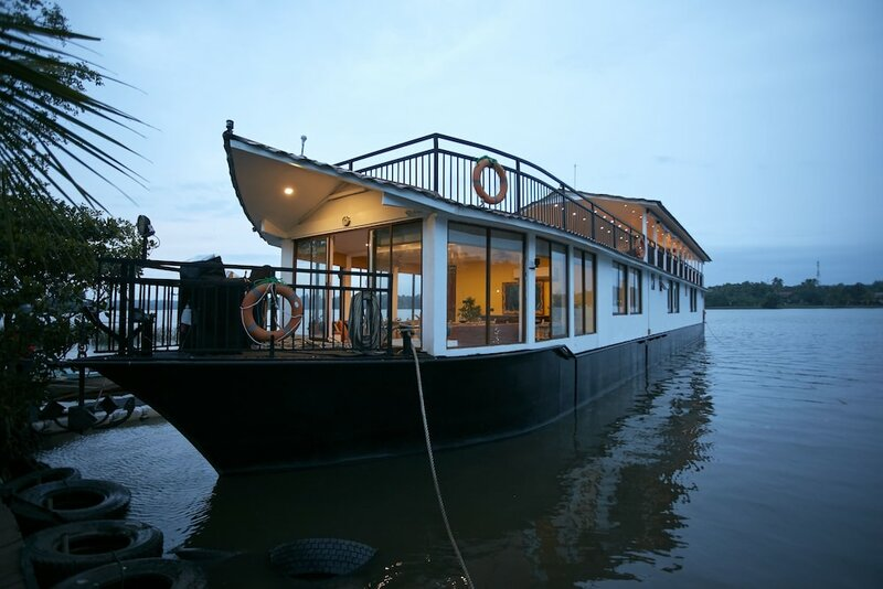 Flow by The Amber Collection - Luxury River Cruises in Sri Lanka