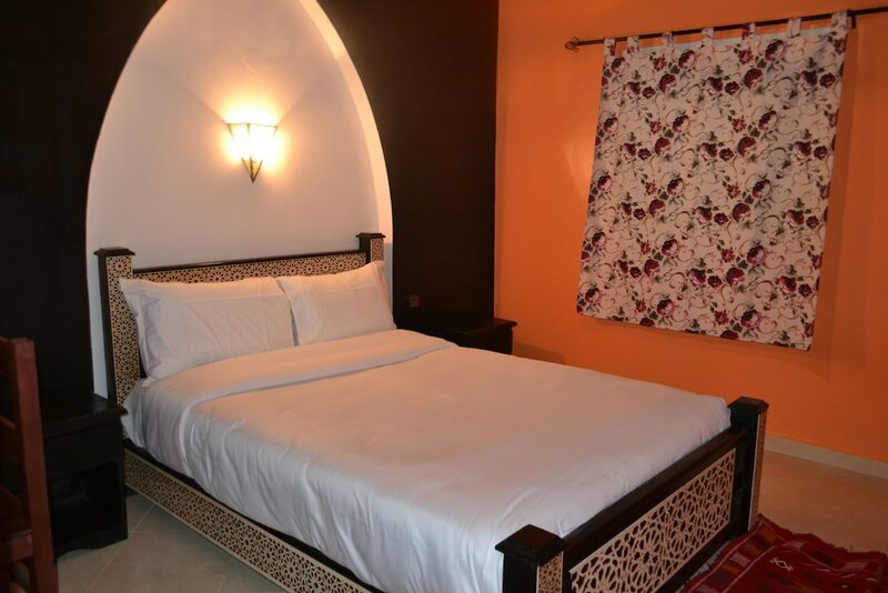 Inyan Dakhla Hotel