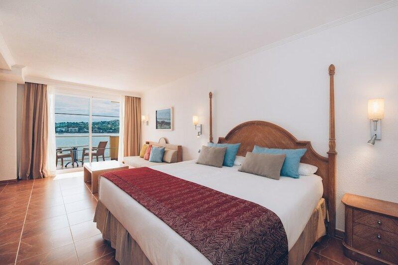 Iberostar Suites Hotel Jardín del Sol – Adults Only