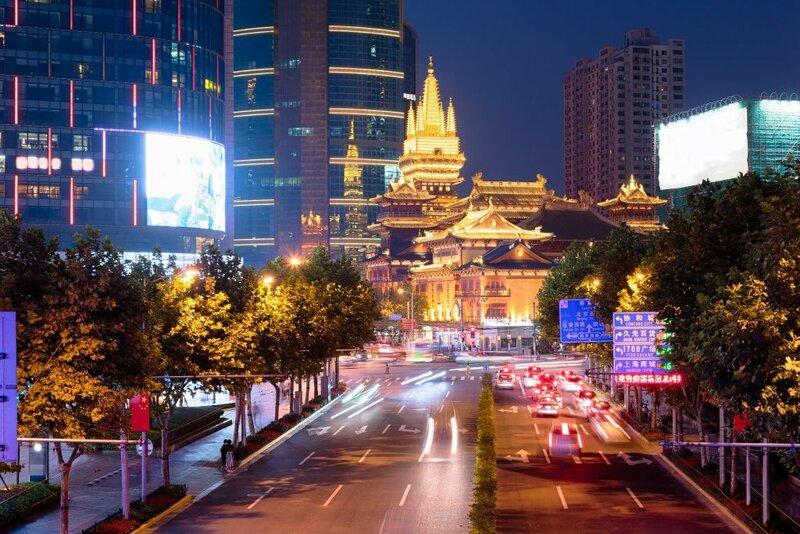 Hi Inn Shanghai Dahuasanlu Metro Station