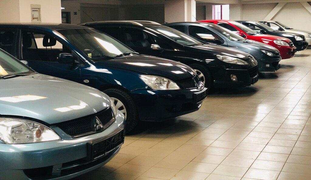 Купить авто в автосалоне независимость москва деньги в долг сочи без залога