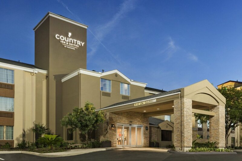 Country Inn & Suites by Radisson Medical Center