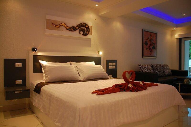 Sirikarn Residence and Luxury Apartments