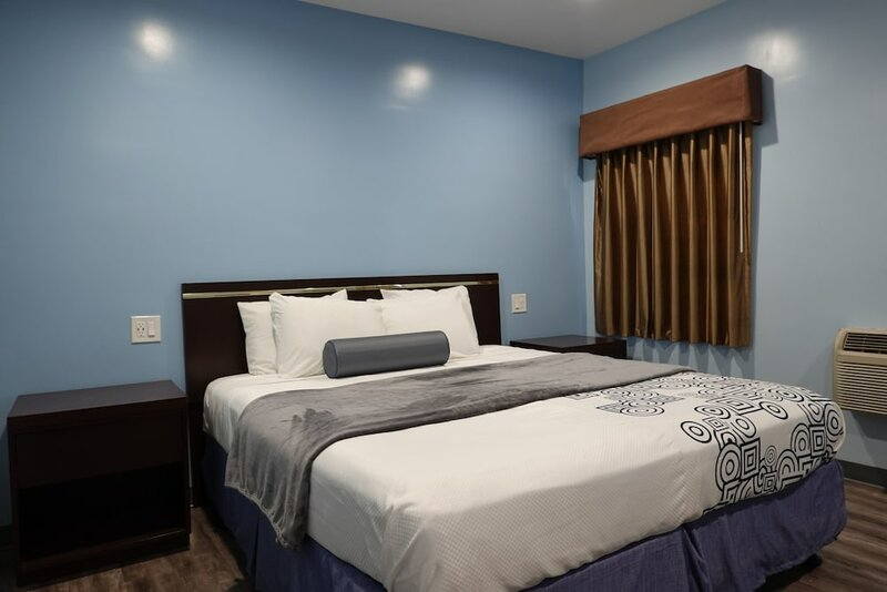 24 Hours Motel