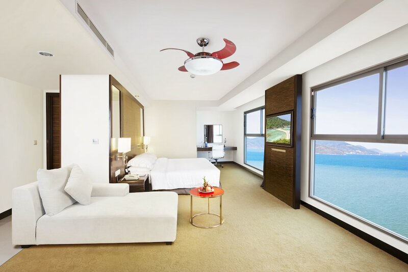 Отель Premier Havana Nha Trang Hotel