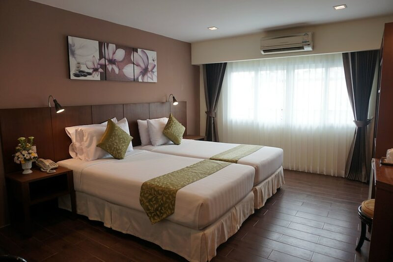 Bay Breeze Hotel Pattaya