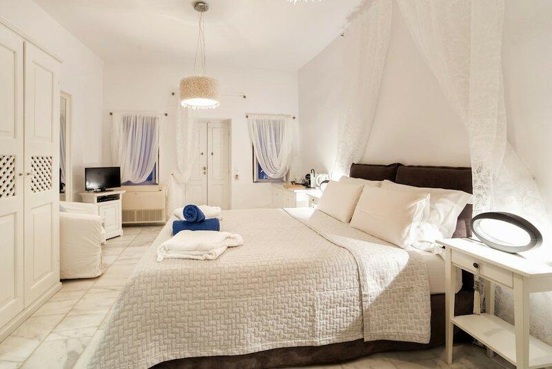Armeni Village Rooms & Suites