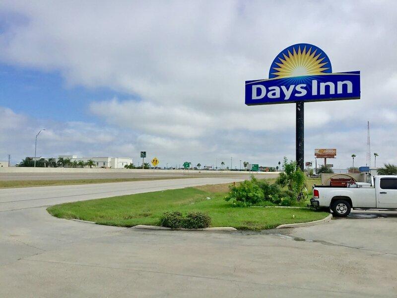 Days Inn by Wyndham McAllen