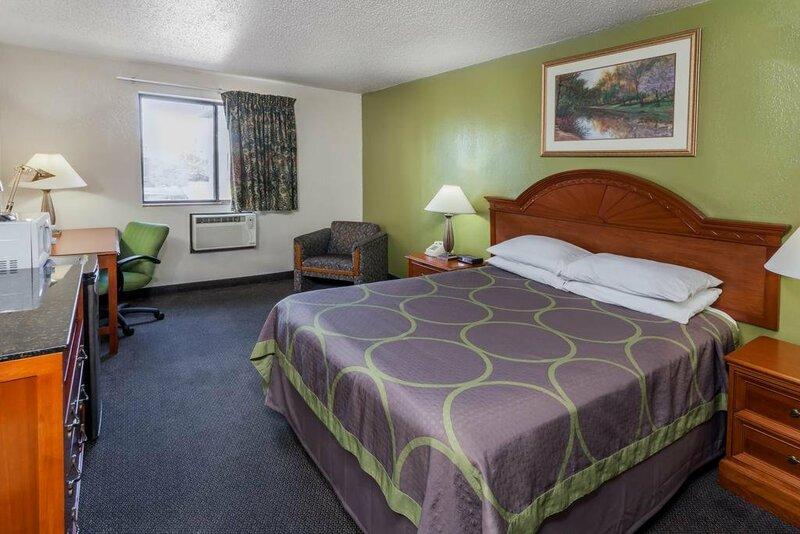 Super 8 Motel - Merrilville/Gary Area