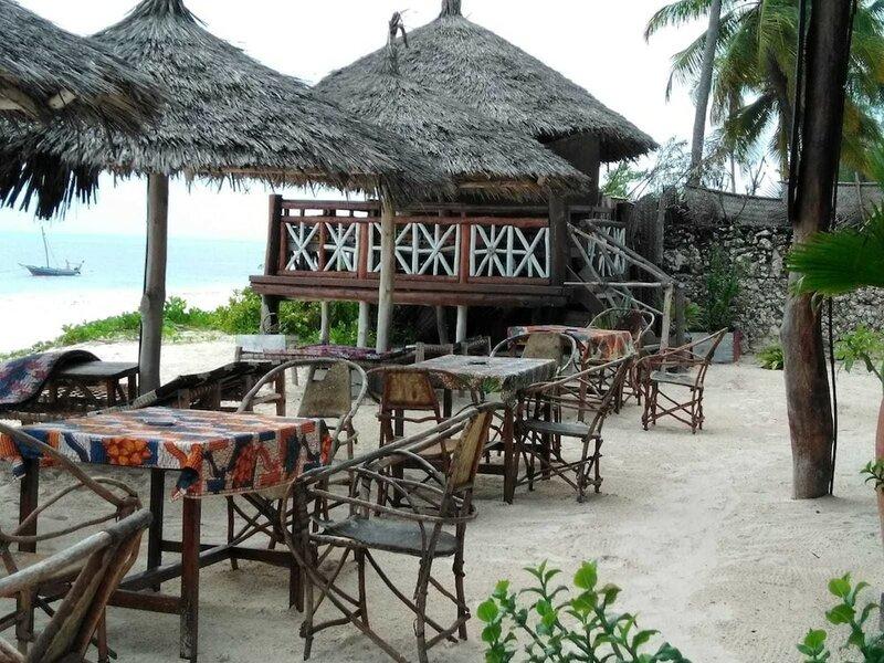 Bahari Pizza Restaurant and Bungalows