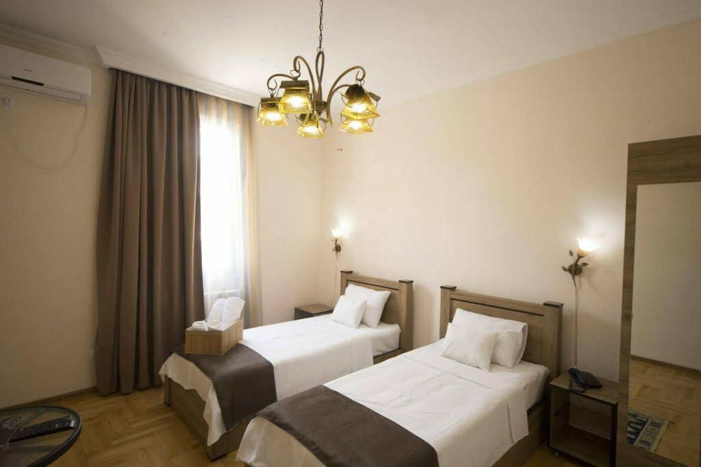 гостиница — Log Inn Boutique Hotel — Tbilisi, фото №1