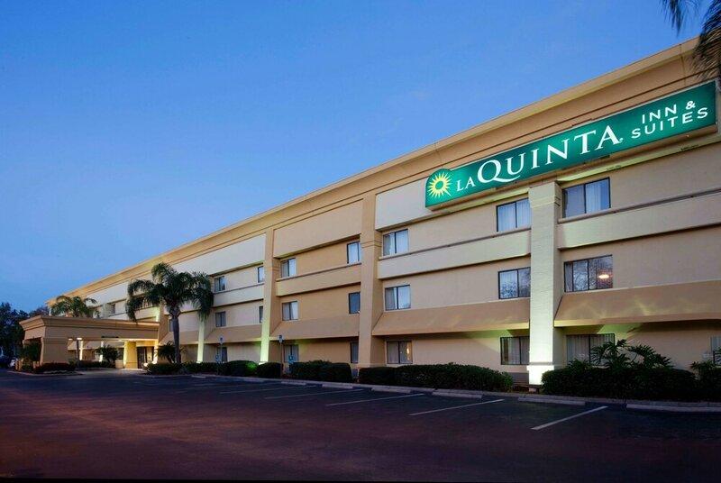 La Quinta Inn & Suites by Wyndham Tampa Fairgrounds - Casino