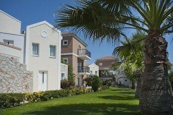 Отель Lito Beach