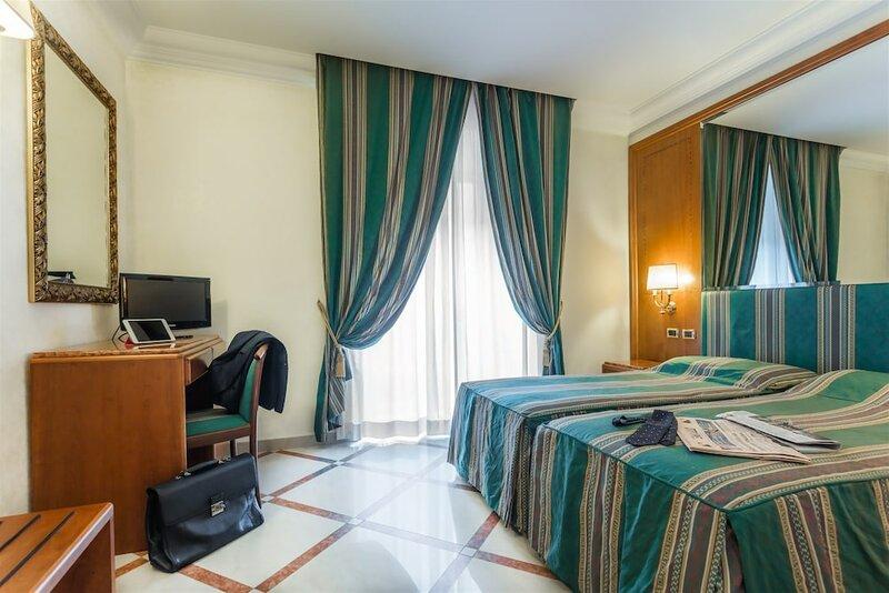 Raeli Hotel Regio