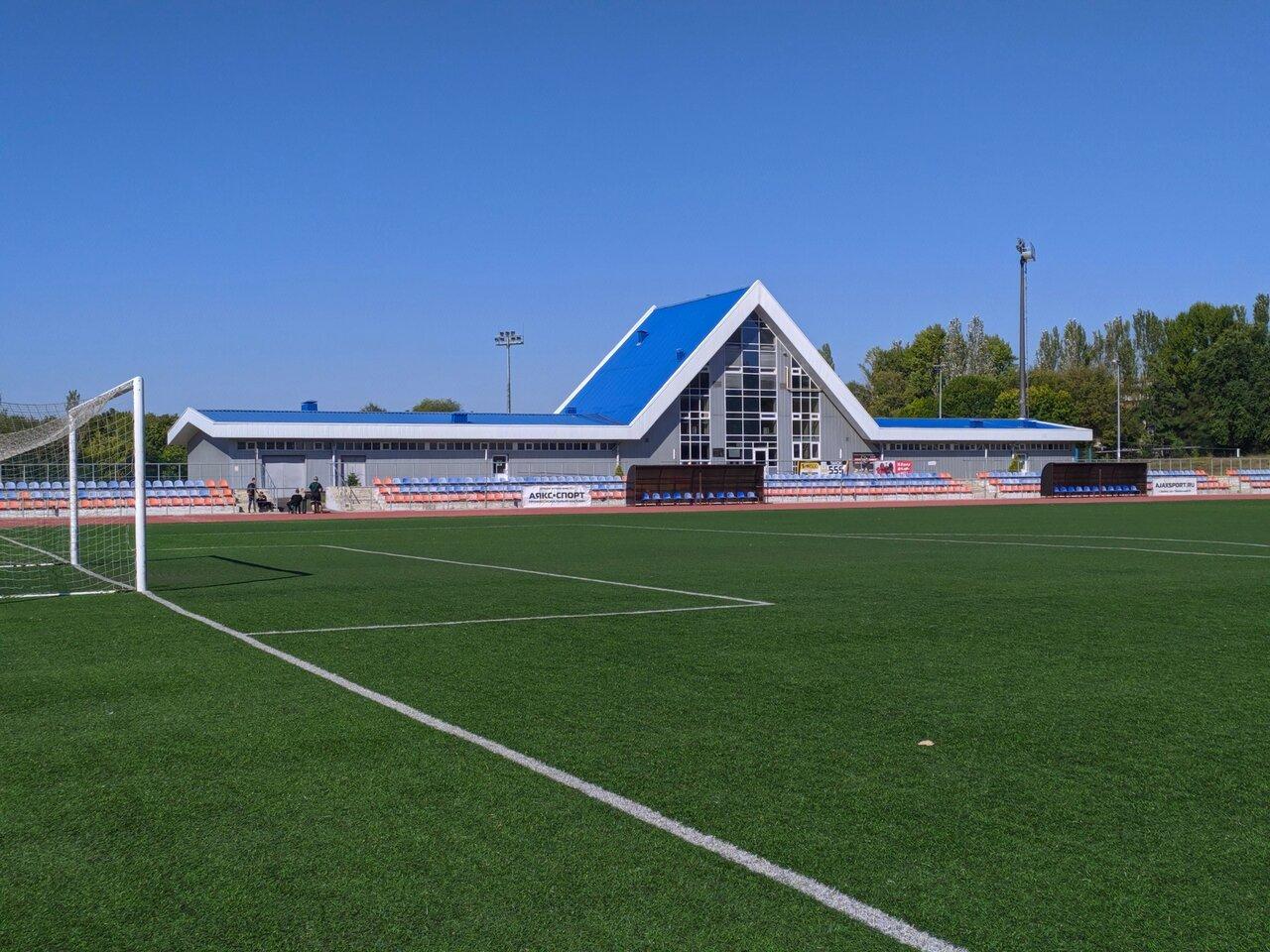 Стадионы украины фото